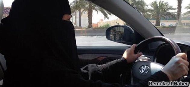 Suudi kadınlar yasağa meydan okudu