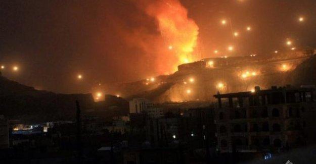 Suudiler mülteci kampını vurdu