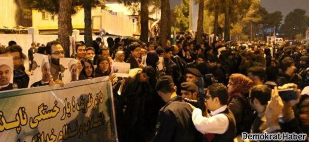 Tahran'da sevinç, İsrail'den tehdit