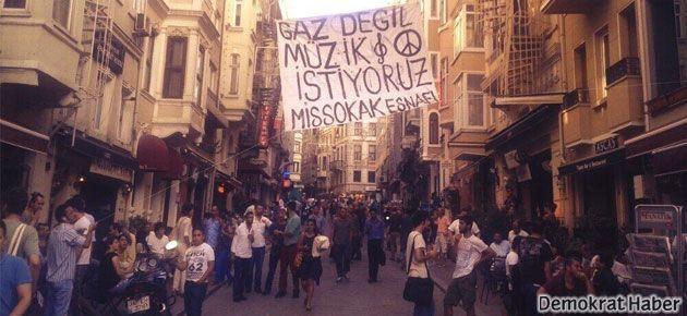 Taksim esnafı: Gaz değil müzik istiyoruz