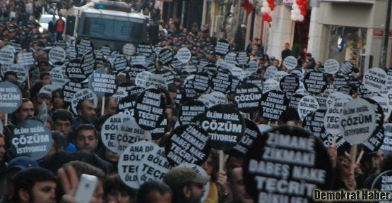 Taksim'de binlerce kişi 'ölüm değil çözüm' dedi