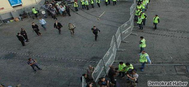 Taksim'de polis kuşatması