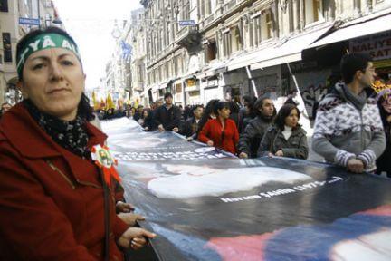 Taksim'de zamanaşımı protestosu