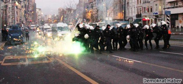 Taksim'deki Yüksekova protestosuna saldırı