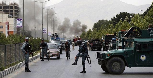 Taliban'dan Afgan Parlamentosu'na saldırı