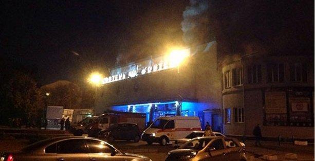Tarihi sinema, LGBT filmi gösterimi sırasında yakıldı!