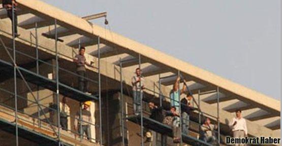 Taşeron işçilerinden toplu intihar girişimi