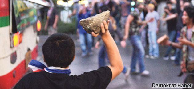 Tayland'da muhaliflere polis müdahalesi