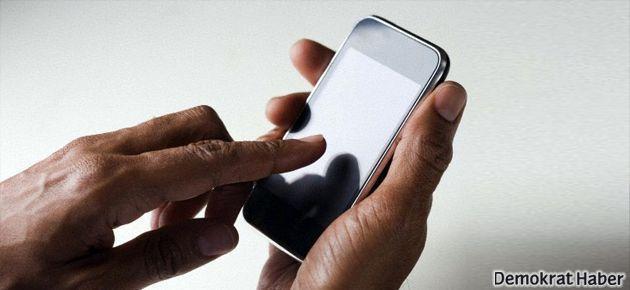 'Telefon akıllandıkça beynimiz köreliyor'