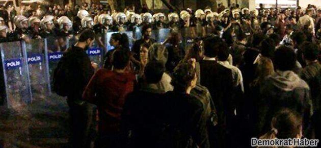 'Termosunu Kap da Gel' eylemine polis müdahalesi
