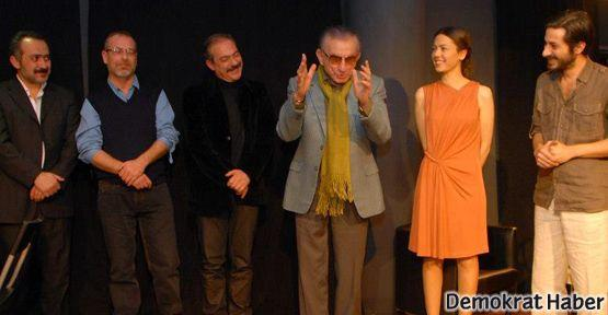 Tiyatro Ti'den 'Bir Yüzleşme Oyunu'