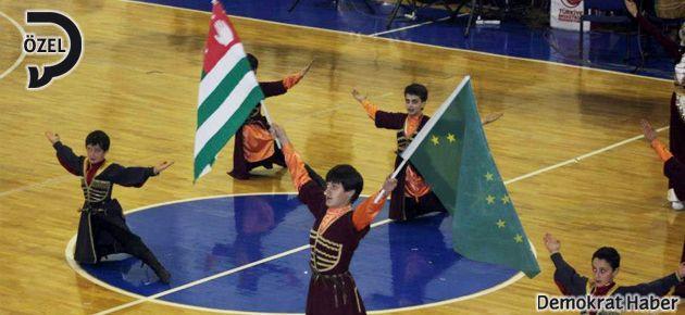 TRT'ye inat, Abhazya coşkusu