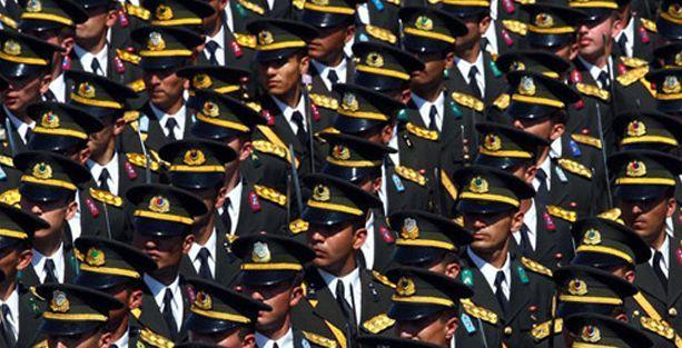 TSK'da subaylar şantajla istifaya zorlandı iddiası