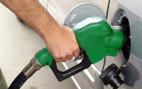 Tüketiciler benzin zammına karşı eyleme gidiyor