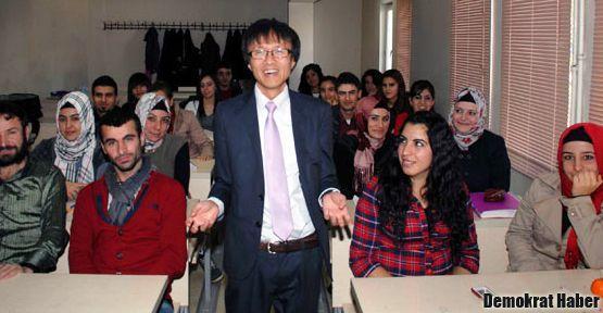 Tunceli'de Alevi Japon öğretim üyesi