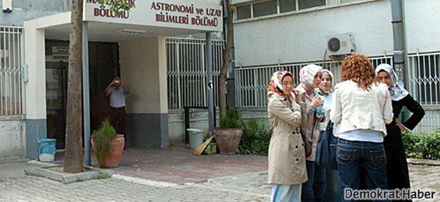 Türbanlı öğrenciyi engelleyen profesörün cezası onandı