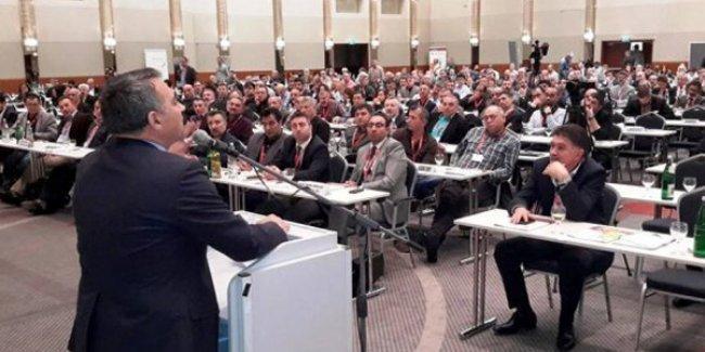 Turgut Öker, HDP adaylığı için Avrupa Alevi Birlikleri Konfederasyonu'ndan istifa etti