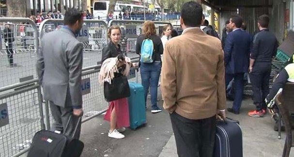 Turistlere 1 Mayıs sürgünü
