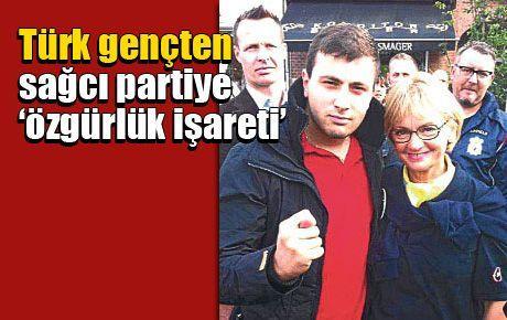 Türk gençten sağcı partiye 'özgürlük işareti'