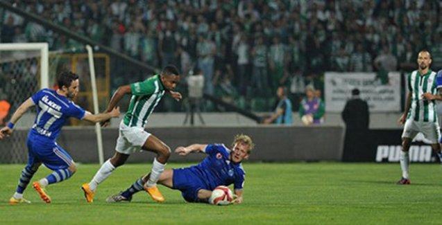 Türkiye Kupası'nda Fenerbahçe Bursaspor'u 2-1 mağlup etti