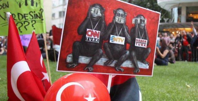 Türkiye'nin basın özgürlüğü karnesi düzelmiyor