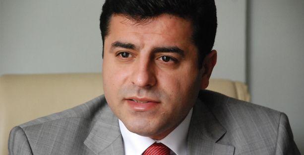 Nor Zartonk'tan Demirtaş'a destek