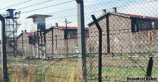 Tutukluların mektuplarına el konuluyor