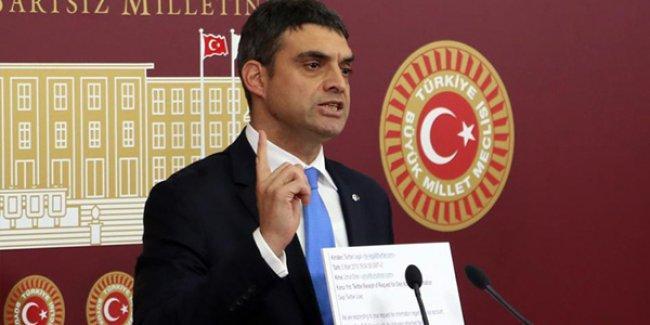 Twitter, CHP'li Oran'a tüm DM'leri yolladı: Twitter'a göre Fuat Avni'yle hiçbir yazışma yok!