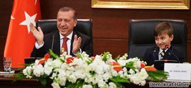 'Twitter kullanmıyorum' dedi, Erdoğan alkışladı