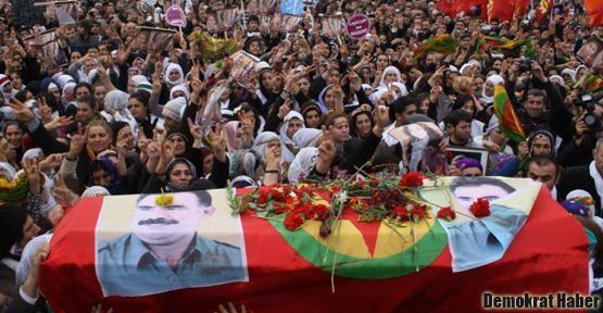 Üç Kürt kadın memleketlerinde toprağa verildi