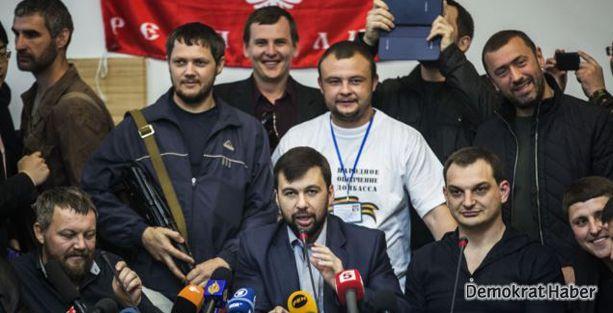 Ukrayna'da ayrılıkçılar Putin'i dinlemiyor
