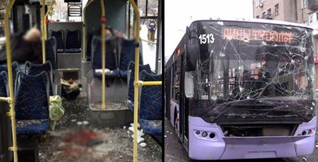 Ukrayna'da otobüs durağı bombalandı: 9 ölü