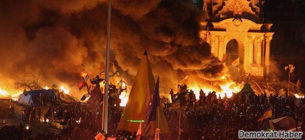 Ukrayna'da şiddet tırmanıyor: 9 ölü