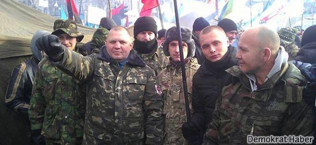 Ukraynalı ırkçı lidere sokakta infaz