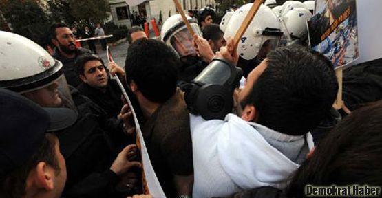 Ulaşım protestosuna polis müdahale etti