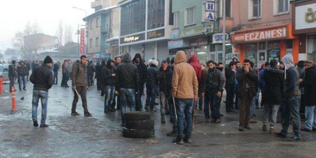 Ülkücüler Kürtlerin yoğunlukta yaşadığı mahalleye saldırdı: 5 yaralı!
