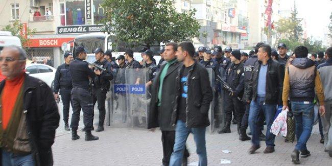 Ülkücüler Mersin'de HDP'li belediyeye yürümek istedi