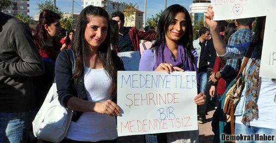 'Üniversite kentin ahlakını bozdu' için tepki yürüyüşü yapıldı