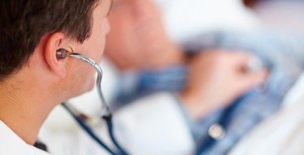 Üniversitelerde çalışan doktorlar muayenehane açamayacak