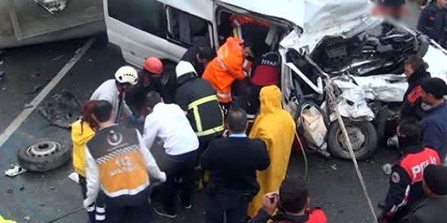 Urfa'da zincirleme kaza: 12 ölü