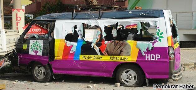 Urla'da HDP'ye saldırı
