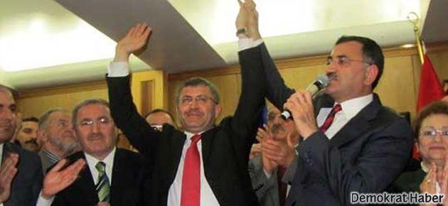 Üsküdar'da YSK kararı beklenmeden devir teslim