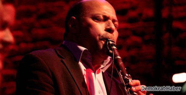 Usta klarnetçi Selim Sesler hayatını kaybetti