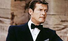 'James Bond' yıldızı Roger Moore hayatını kaybetti