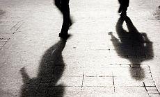 Cinsel tacize karşı uyarı sistemi