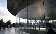 Apple'ın yeni tasarımı 'baş ağrıtıyor'