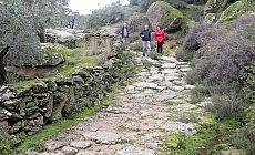 2 bin 300 yıllık antik yol tahrip edildi