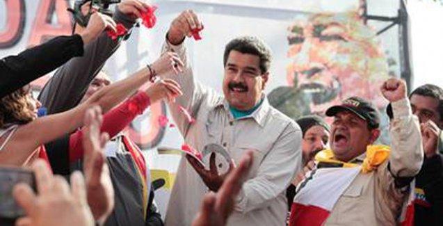 Venezuela'da yüz binler ABD'yi protesto için sokakta