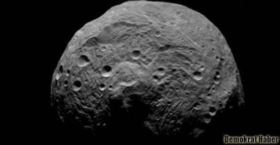 Vesta'da su izine rastlandı