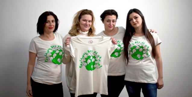 Yazarlar göçmen kadınlar için imza gününde buluşuyor
